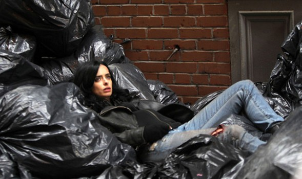 jessica-jones-marvel-netflix-daredevil-david-tennant-critiques-cinema-pel·licules-cinesa-cines-mejortorrent-pelis-films-series-els-bastards-critica